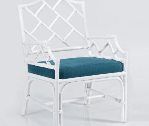 Hump back occasional chair angle_WS