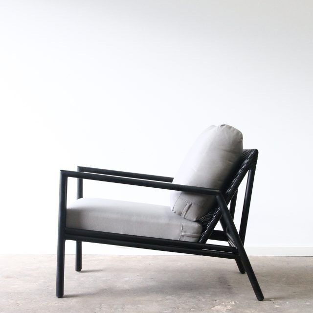 Aluminium outdoor armchair