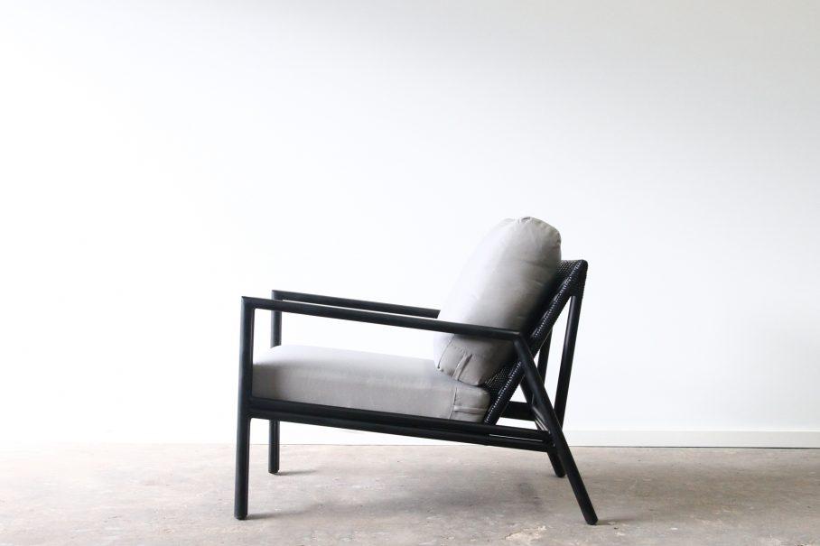 Aluminium outdoor armchair