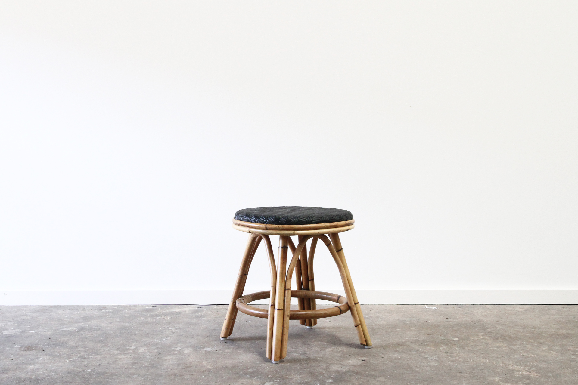 Pacifica Low Stool Lincoln Brooks Furniture
