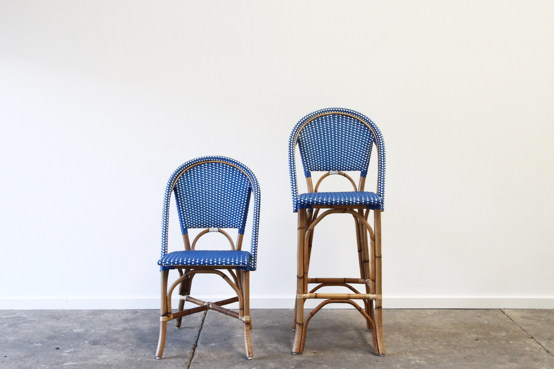 Barcelona Chair Stool Rattan Commercial Furniture Supplier