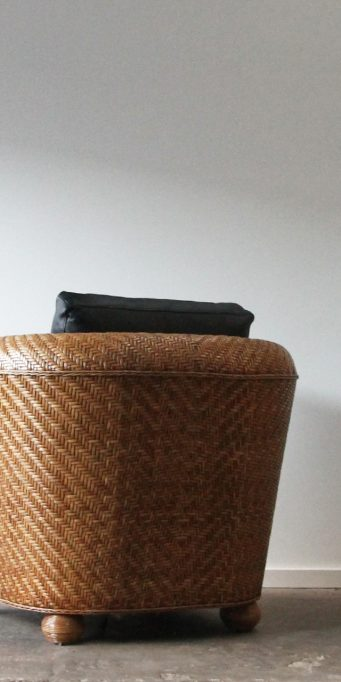 Manhattan armchair back_LS