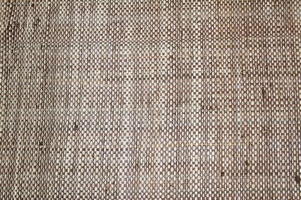 Tweed raffia