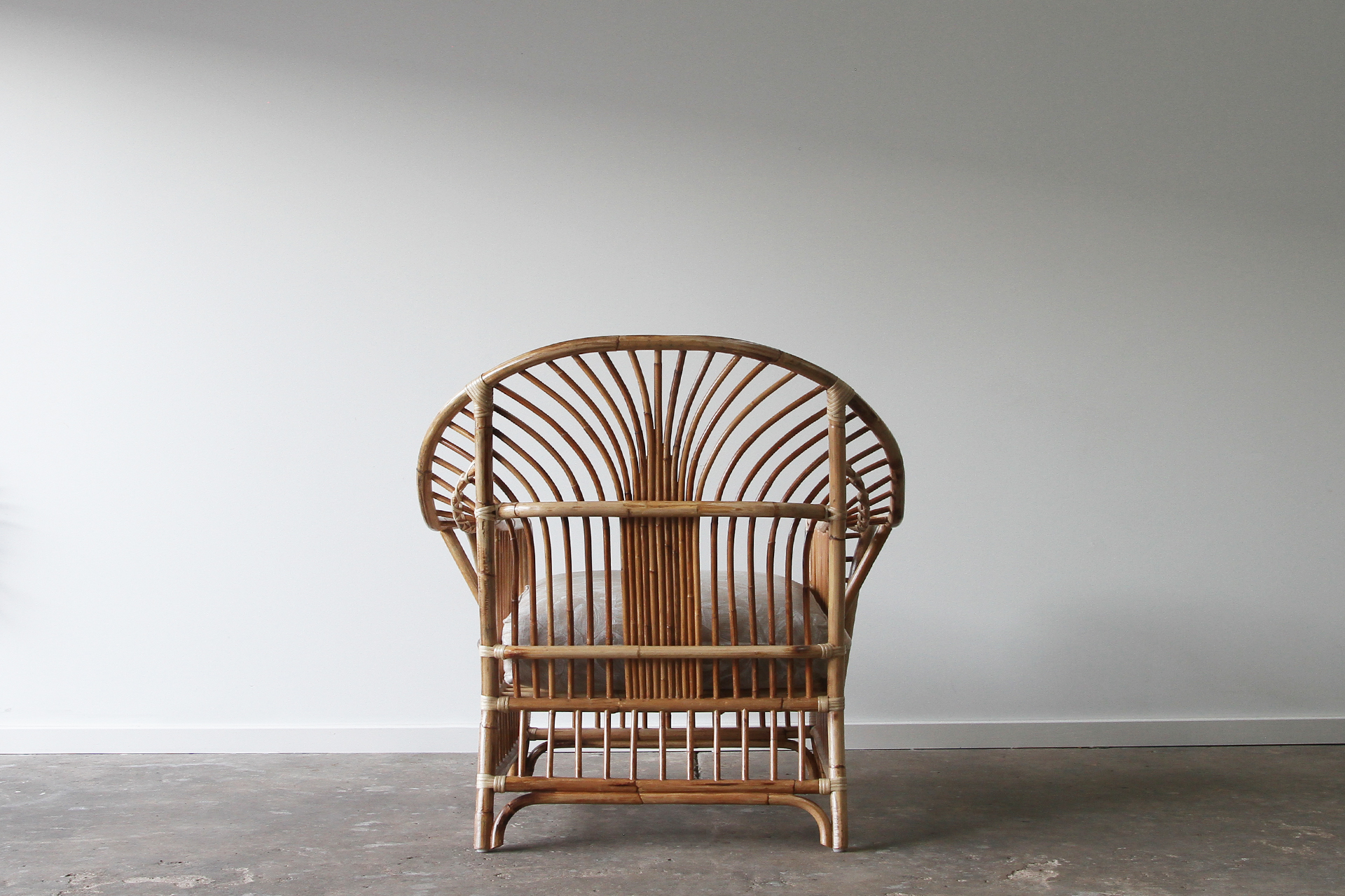 Royal Palm Armchair Natural Back Tb Ls Rattan Commercial