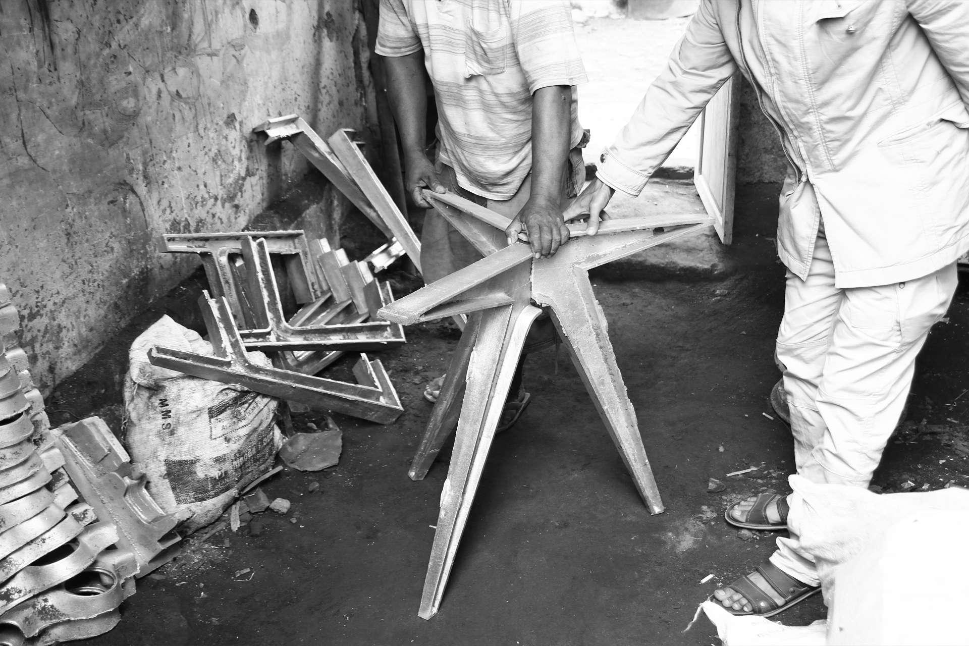 Modern cast iron legs