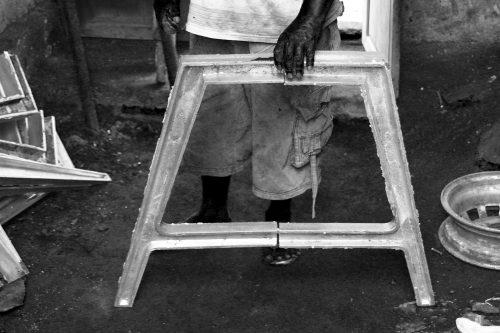 Cast aluminium table legs