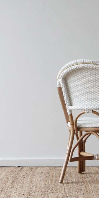 Barcelona side chair white back_LS