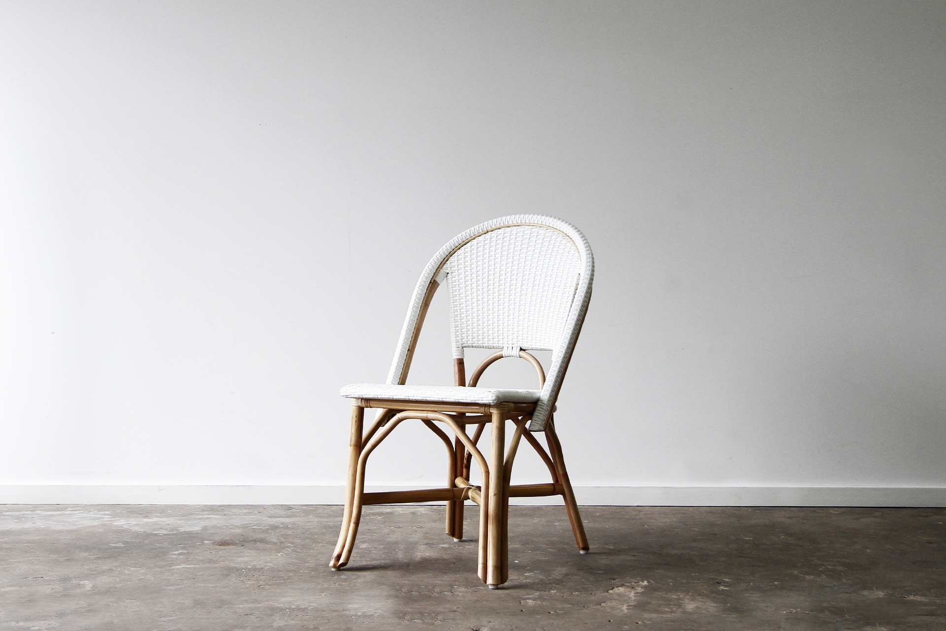 Barcelona side chair