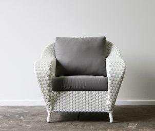 Raffles armchair_White_frontLS