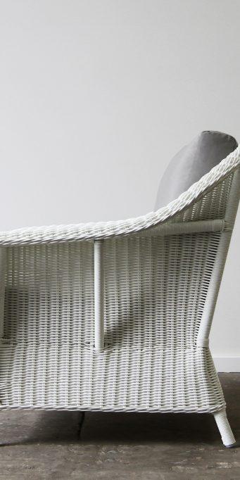 Raffles armchair_White_side_LS