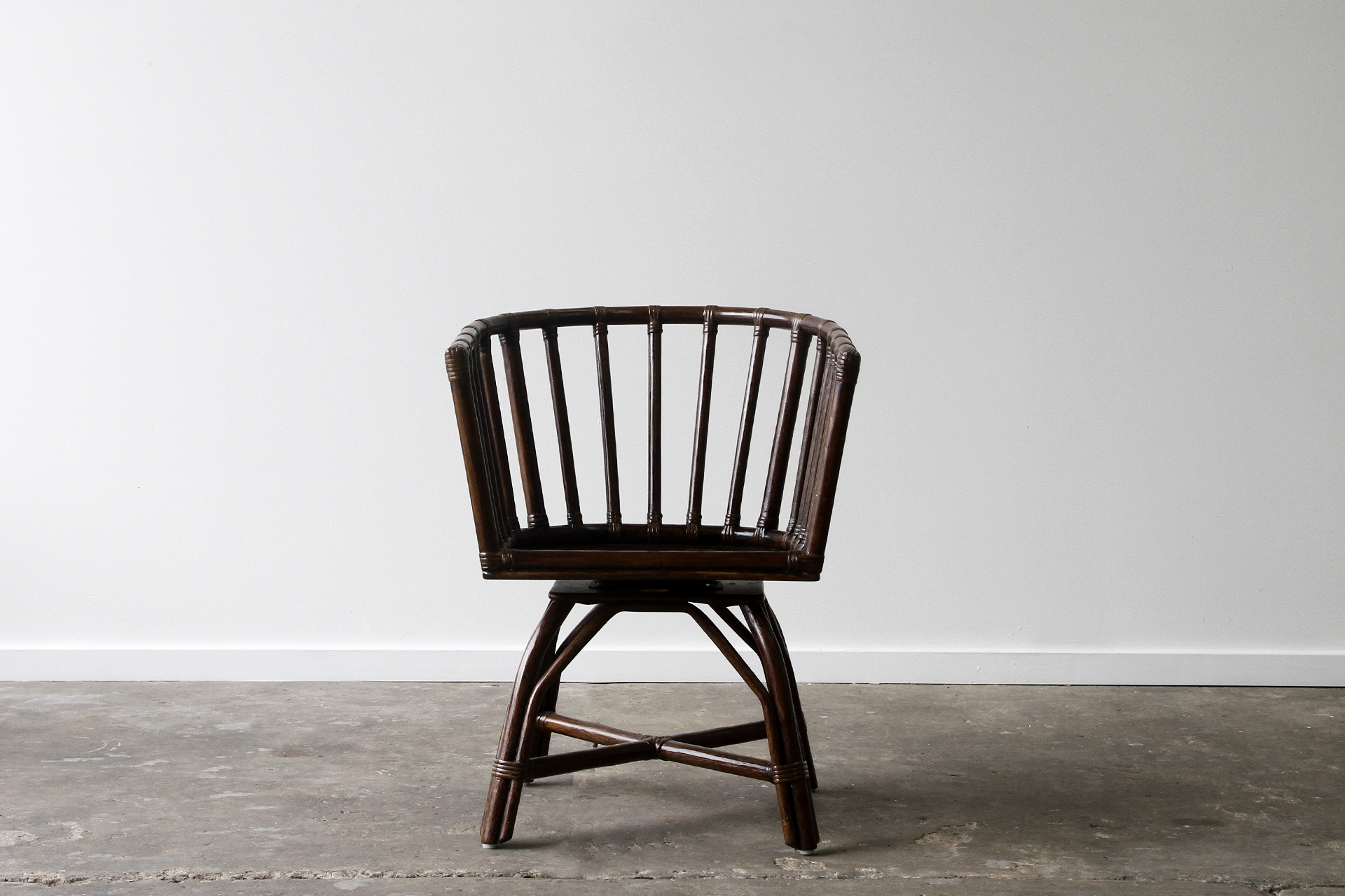 Cooper Dining Chair Swivel Lincoln Brooks Furniture