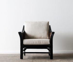 Hartford armchair_black_dark brown wash_front_LS